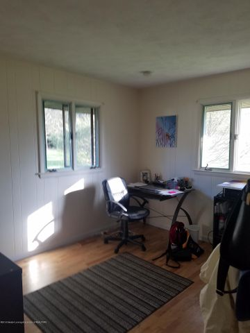 222 Engle Dr - BEDROOM - 19