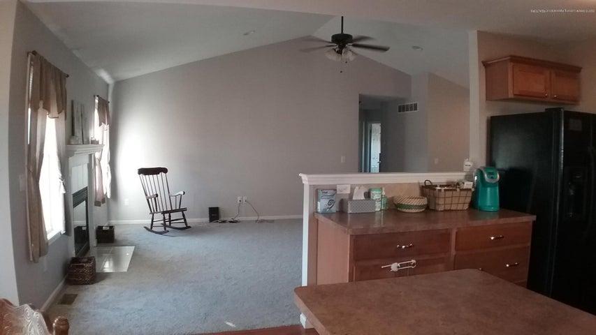 3418 Amber Oaks Dr - 3418 livingroom - 8