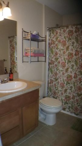 3418 Amber Oaks Dr - 3418 full bath - 26