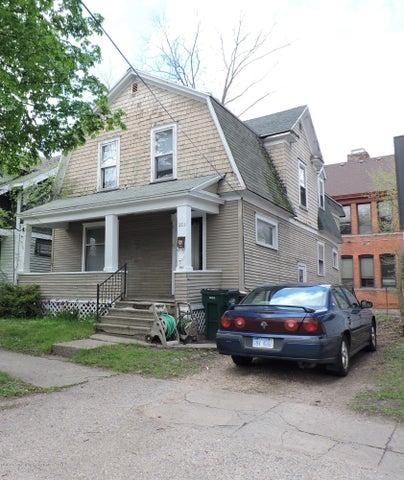 223 E Hillsdale Street, Lansing, MI 48933