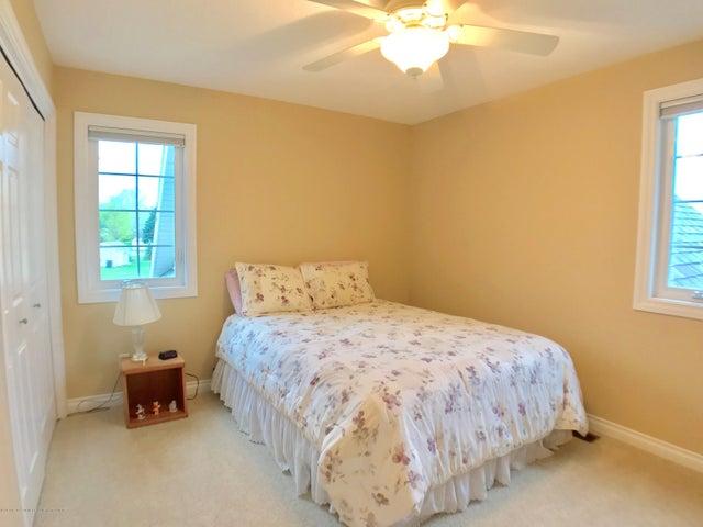 5472 Earliglow Ln - Bedroom - 20