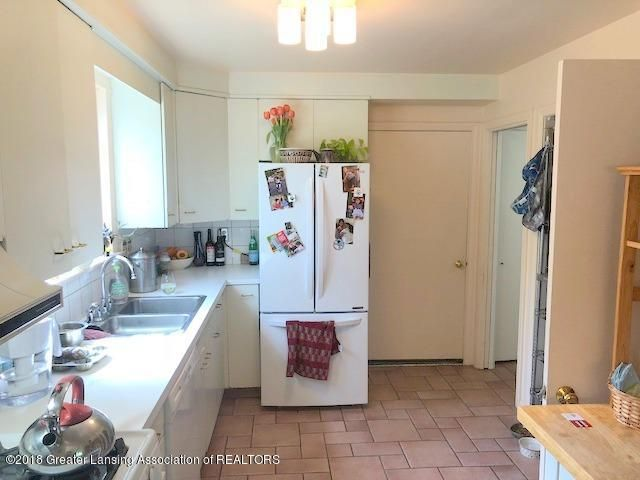 520 Kedzie St - Kitchen - 13