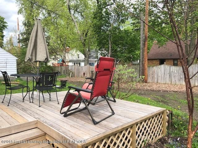 520 Kedzie St - Backyard/Deck - 17