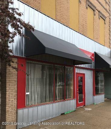 228 S Cochran Avenue, Charlotte, MI 48813