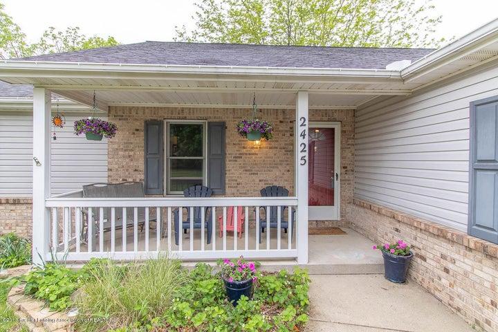 2425 Bush Gardens Ln - Front Porch - 4