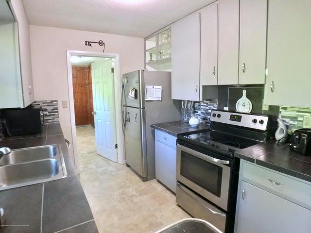 5367 Marsh Rd - Kitchen - 10
