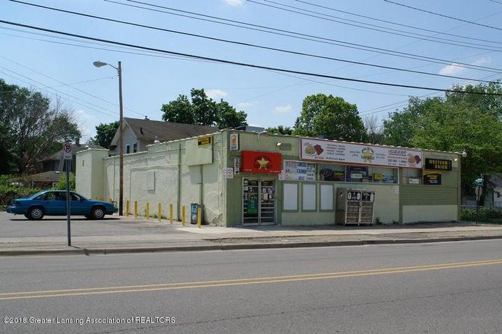 1220 E Grand River Avenue, Lansing, MI 48906