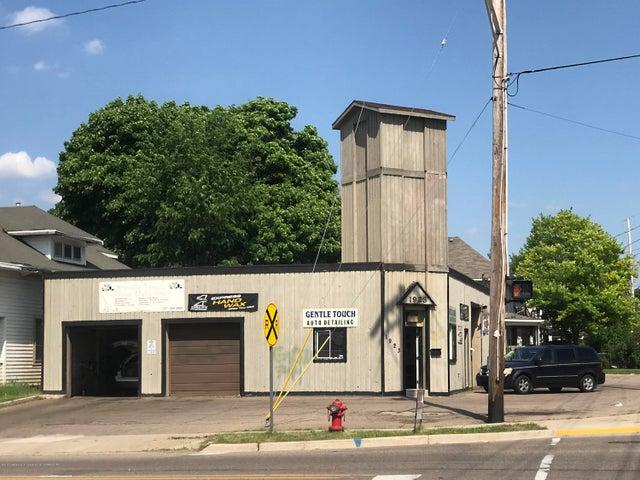 1923 S Washington Avenue, Lansing, MI 48910