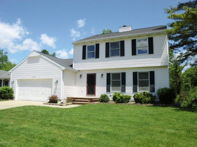 4236 Graystone Dr - Front Exterior - 1