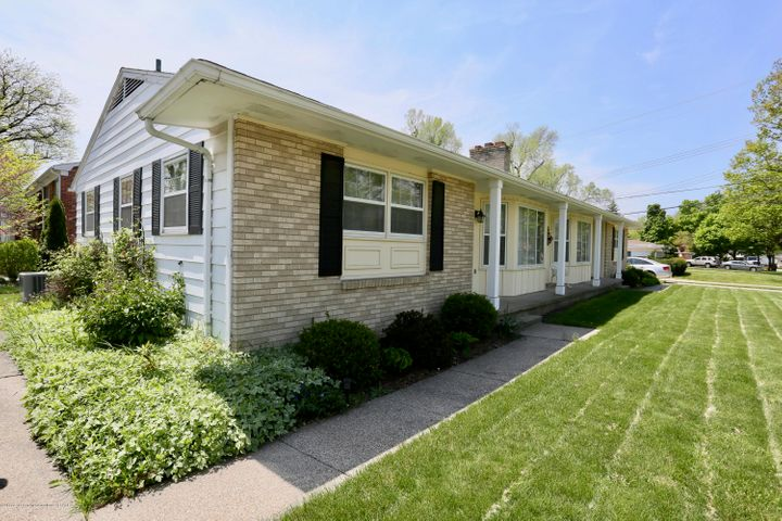 3328 Melody Lane, Lansing, MI 48912