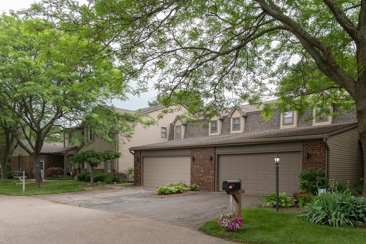 1552 Winchell Ct - Front - 1