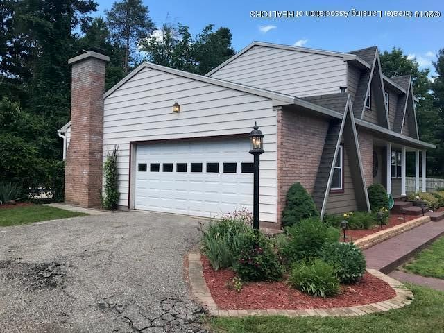 5684 Forest Green Dr - IMG_1215 - 43