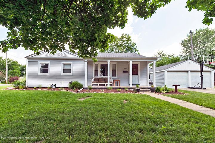 520 Rosadell Ave - Front New - 1