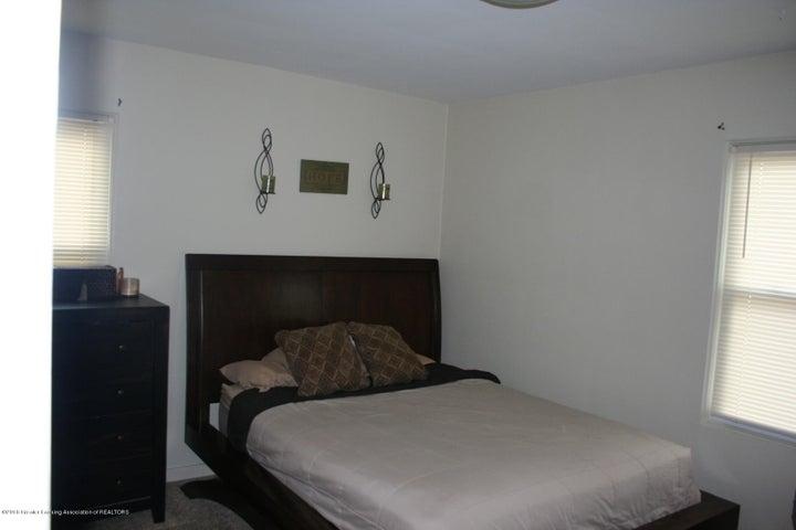 715 Merrill Ave - IMG_7901 - 9