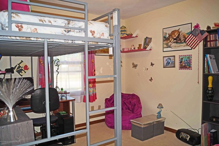 1847 Crest St - Bedroom 2 - 17