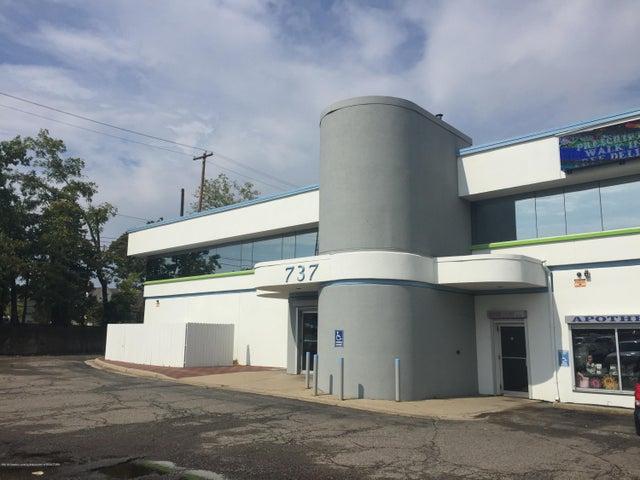 737 N Grand Avenue, 200, Lansing, MI 48906