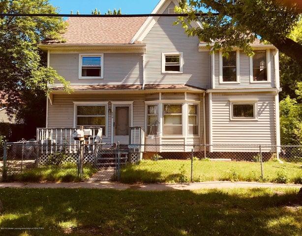609 E Hillsdale Street, Lansing, MI 48912