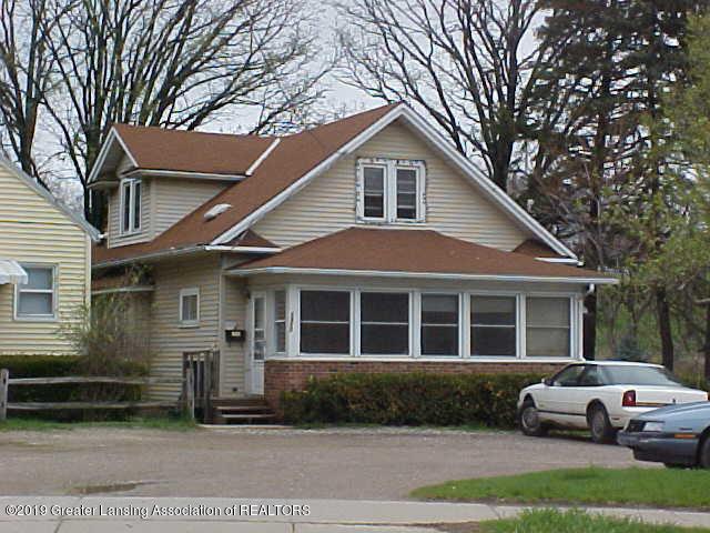 1317 E Malcolm X Street, Lansing, MI 48912