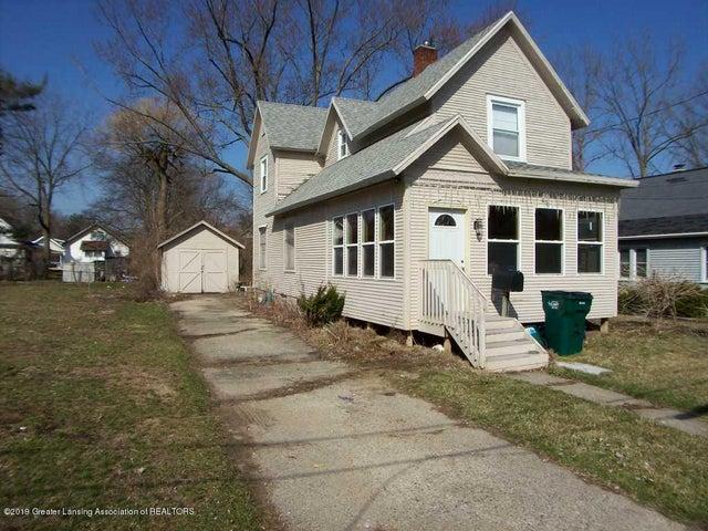 1201 Princeton Avenue, Lansing, MI 48915