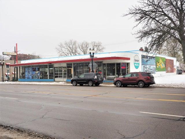 2116 E Michigan Avenue, Lansing, MI 48912