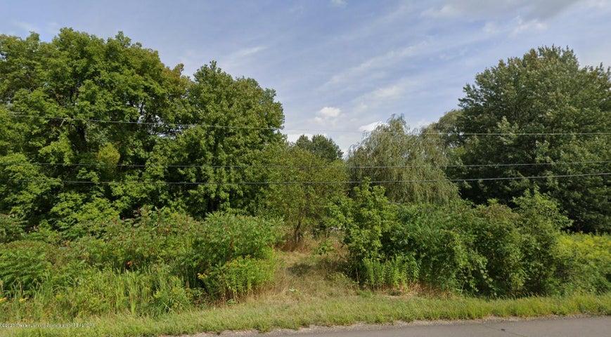 1518 Eifert Road, Holt, MI 48842