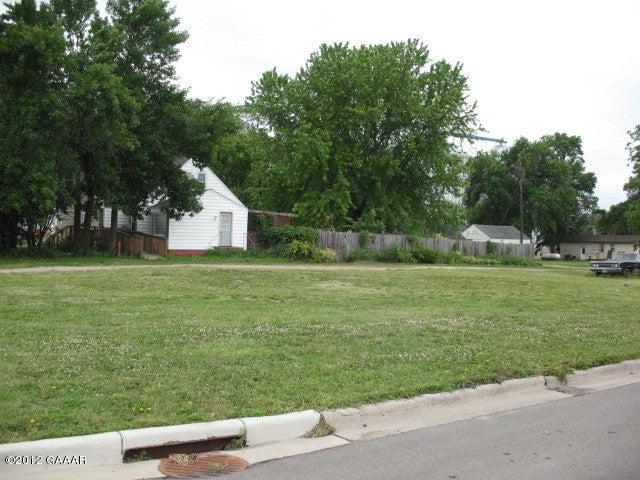 115 Division Street W, Elbow Lake, MN 56531
