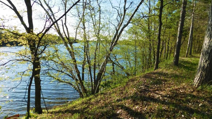 Lot 7 E Lake Victoria Road SE, Alexandria, MN 56308