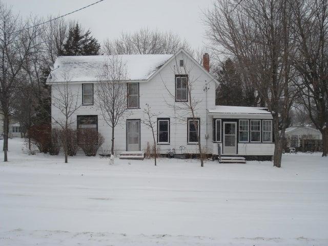 129 2nd Avenue SW, Glenwood, MN 56334
