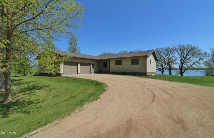 4BR, 3BA Rambler Situated on .92 Acre~