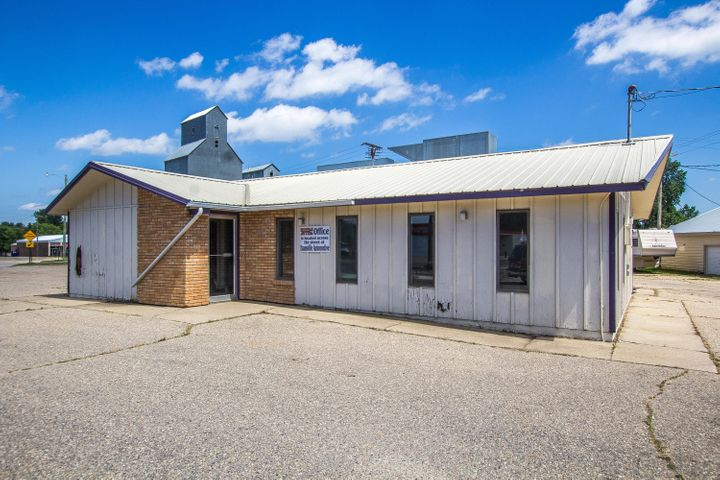 109 Railroad Street, Evansville, MN 56326