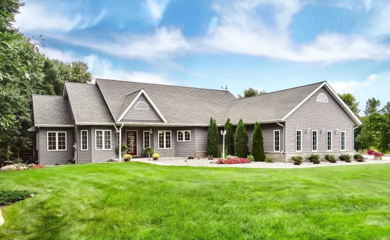 6036 County Rd 11 NW, Alexandria, MN 56308
