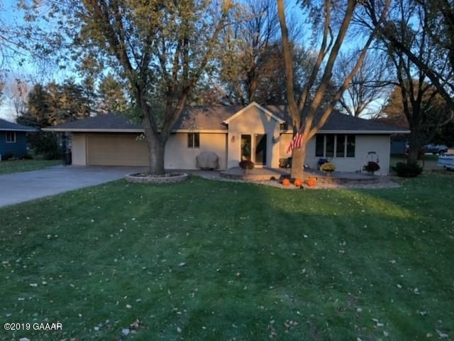 932 Country Club Drive SW, Melrose, MN 56352