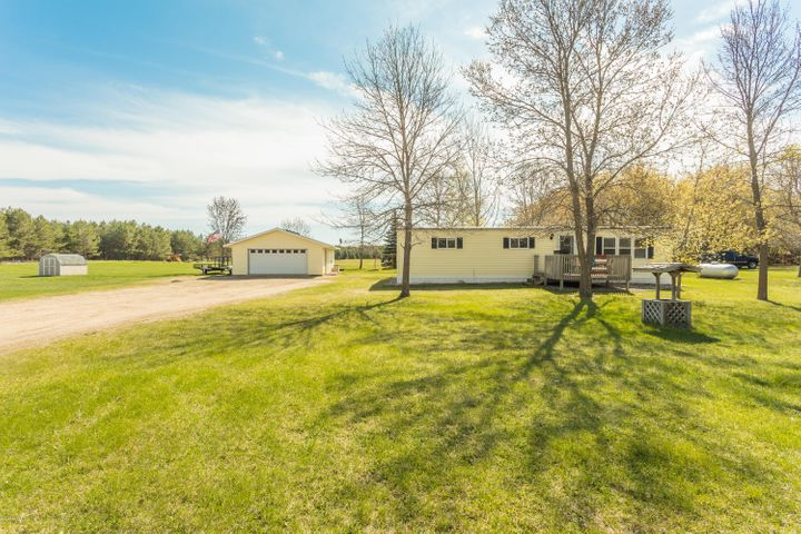 7711 N Meades Addition Drive SE, Alexandria, MN 56308