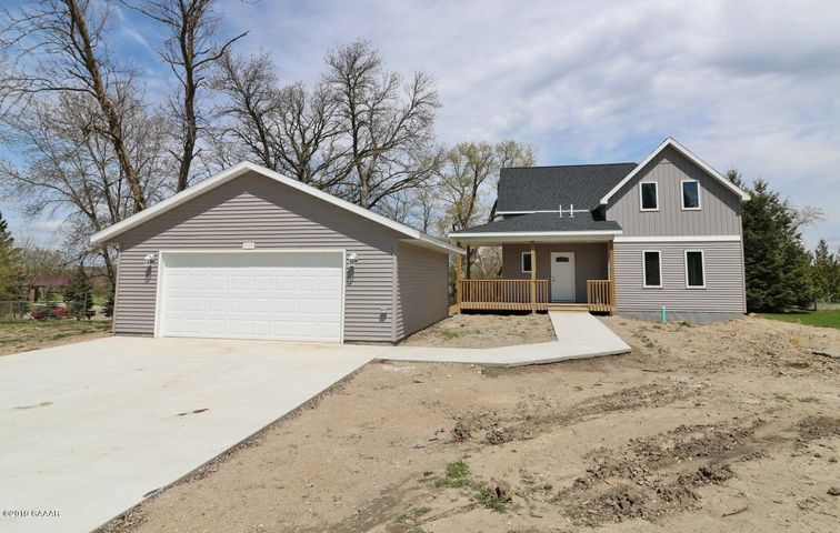 1909 6th Avenue E, Alexandria, MN 56308