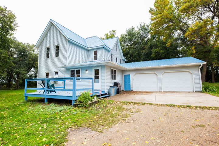 13955 County Road 16 NW, Evansville, MN 56326