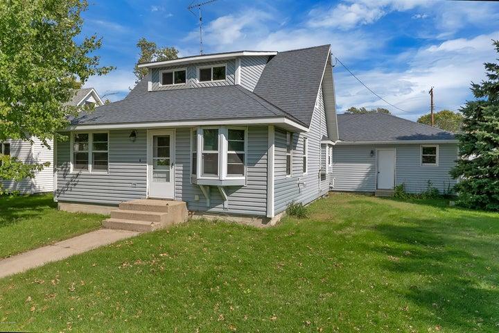 310 Prairie Avenue S, Brooten, MN 56316