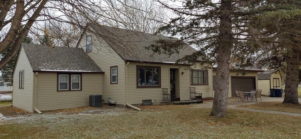 410 Glasgow Avenue, Donnelly, MN 56235