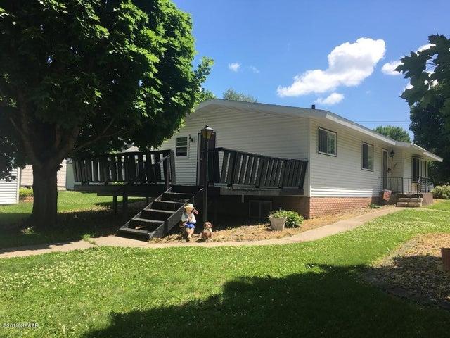 25 W Robertson Avenue, Appleton, MN 56208