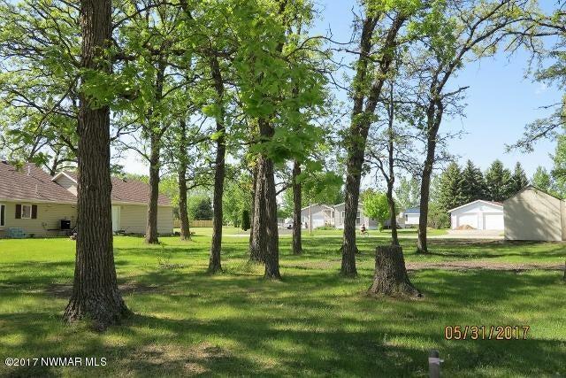 611 Cherry Road, Thief River Falls, MN 56701