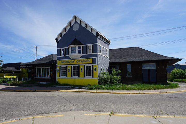 128 1st Street W, Bemidji, MN 56601