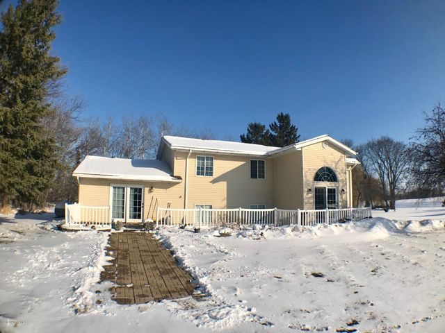 15442 360th Street NW, Newfolden, MN 56738