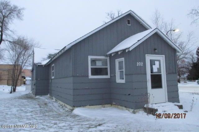 202 W State Street, Grygla, MN 56727