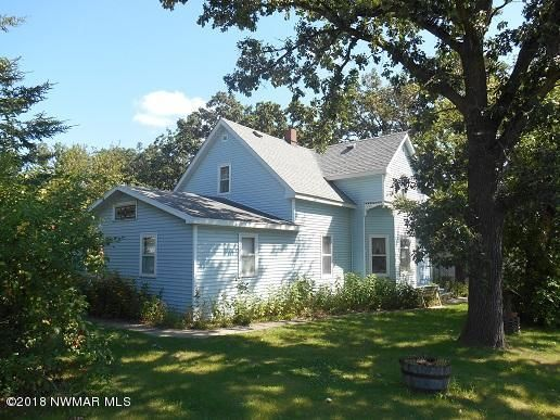 135 4th Street S, Greenbush, MN 56726