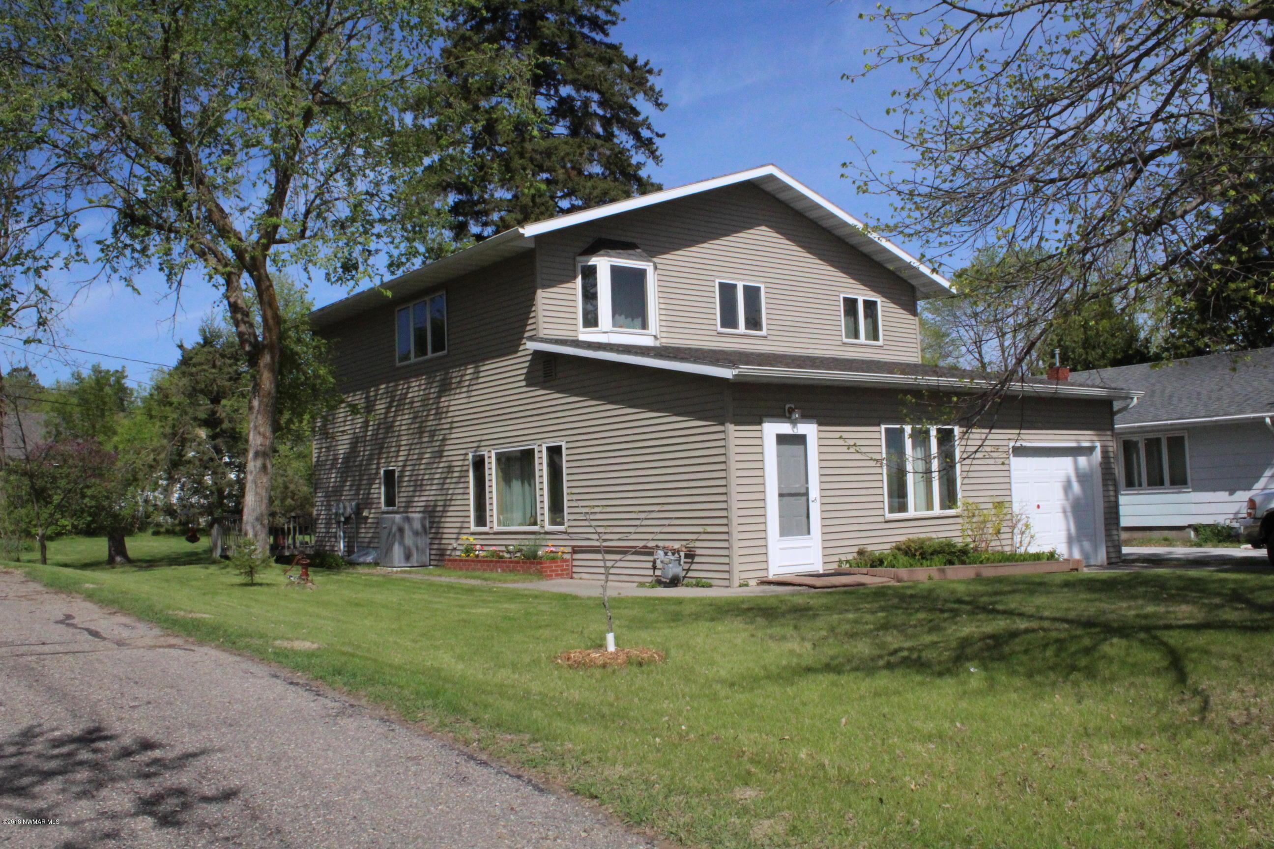 2517 Birchmont Drive NE, Bemidji, MN 56601