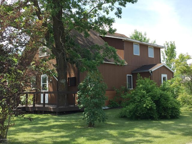 447 Stephen Avenue W, Greenbush, MN 56726