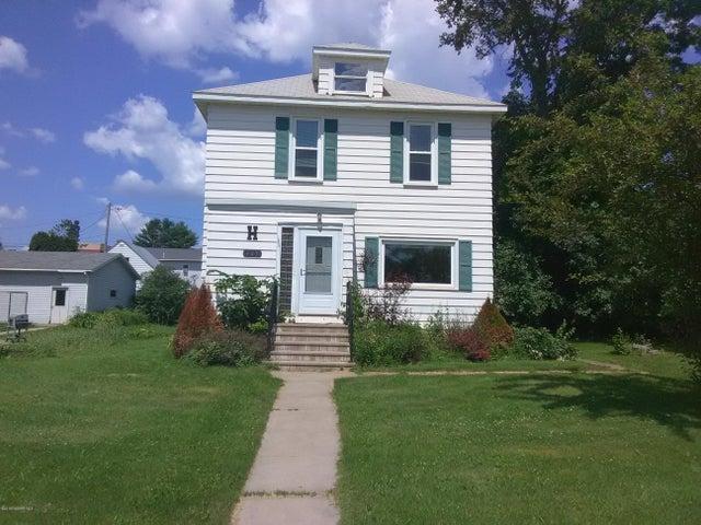 405 Cole Street, Coleraine, MN 55722