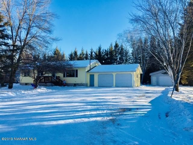 115 4th Street N, Middle River, MN 56737