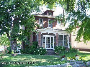 724 Woodland Avenue, Crookston, MN 56716