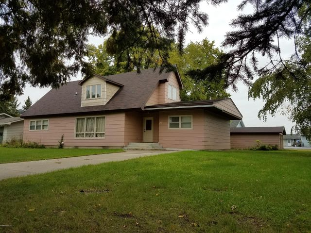 107 2nd Avenue SW, Baudette, MN 56623