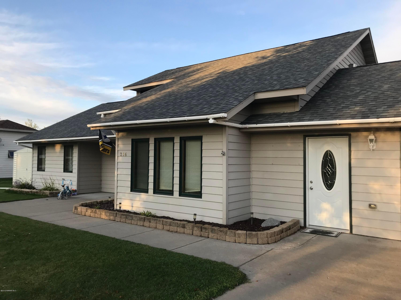 37456 Dogwood Drive, Warroad, MN 56763